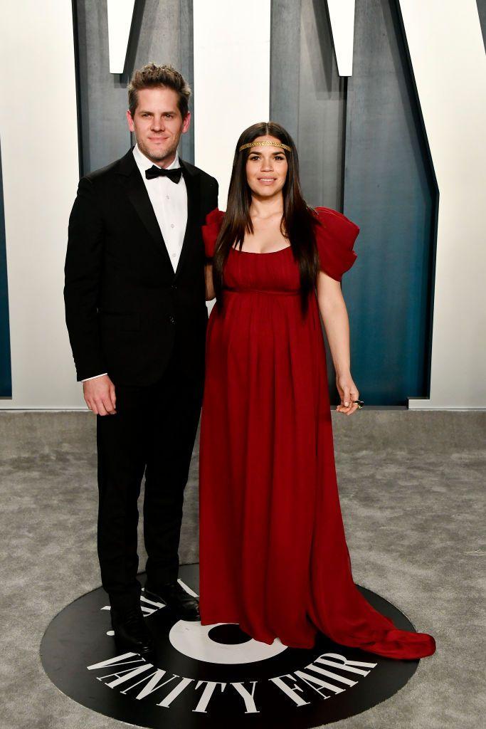 Америка със съпруга си Райън Пиърс