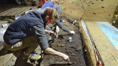 """Откритие: Първите Хомо сапиенс в Европа са обитавали пещерата """"Бачо Киро"""" (снимки)"""