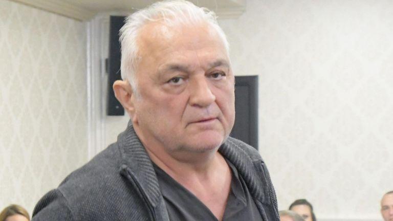 Известният журналист Сашо Диков излезе с отворено писмо до президента