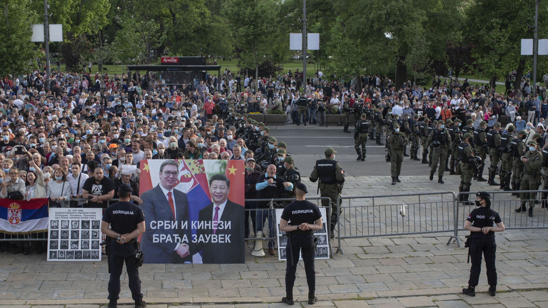 Западни Балкани: Предстои неспокойно политическо лято