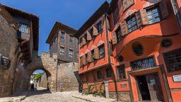 Музеи, галерии и библиотеки отвориха врати в Бургас и Пловдив