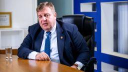 Каракачанов: Ще се оттегля като гарант за диалог, ако Борисов и Радев си подадат ръка