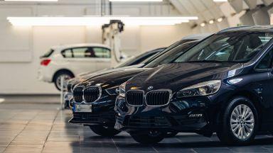Завод на BMW спря работата заради липса на чипове