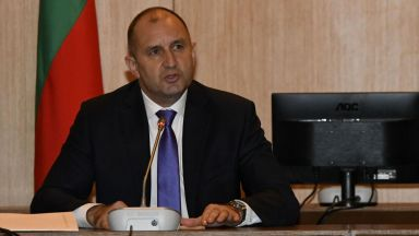 """""""В исторически момент сме"""": Румен Радев представи Националния стратегически документ"""