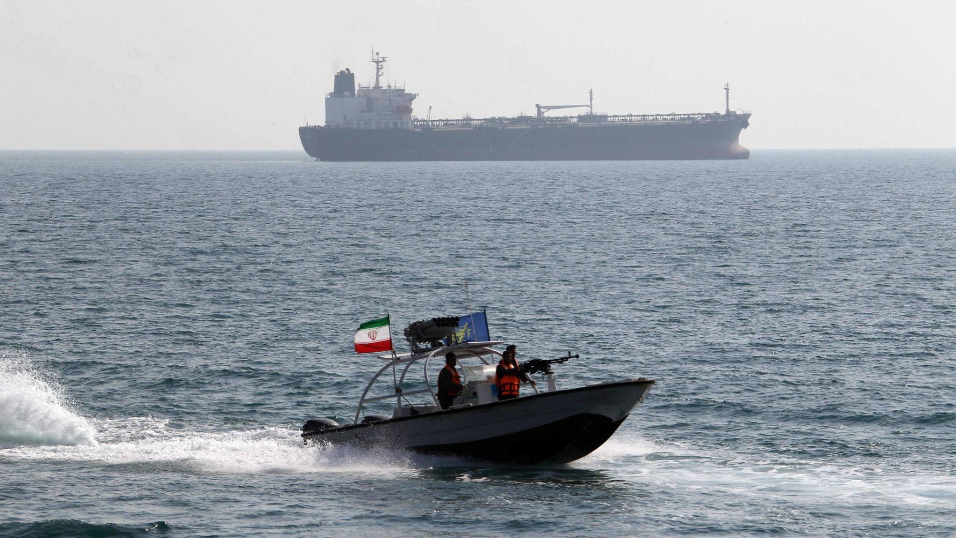 Напрежение между Иран и САЩ заради танкери, плаващи към Венецуела