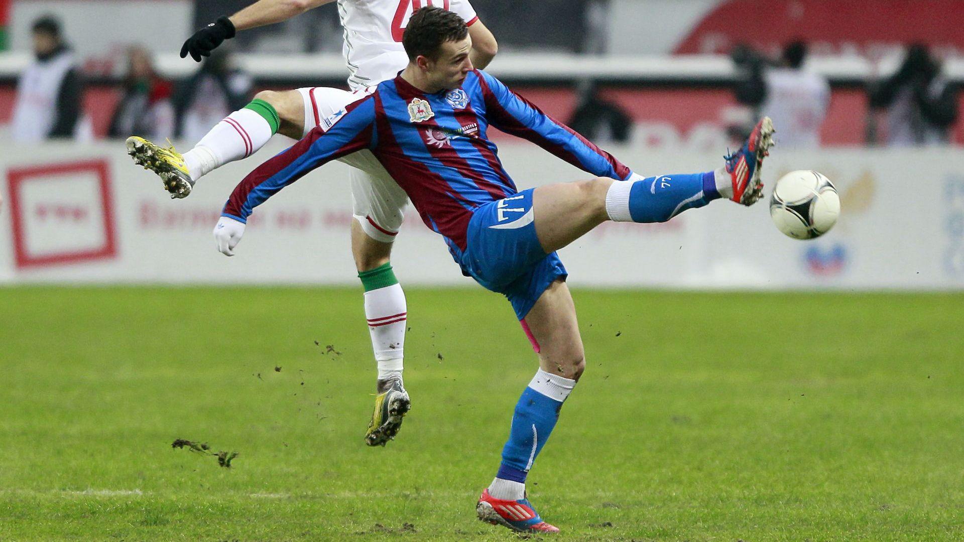 Главоболие от много тактика отказа нападател от футбола