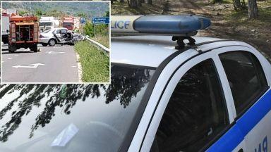 """Шестима ранени при жесток сблъсък на пътя за ГКПП """"Маказа"""""""