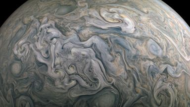 НАСА показа как изглежда полет над Юпитер (видео)