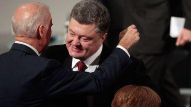 Украински депутат огласи скандални записи между Порошенко и Байдън