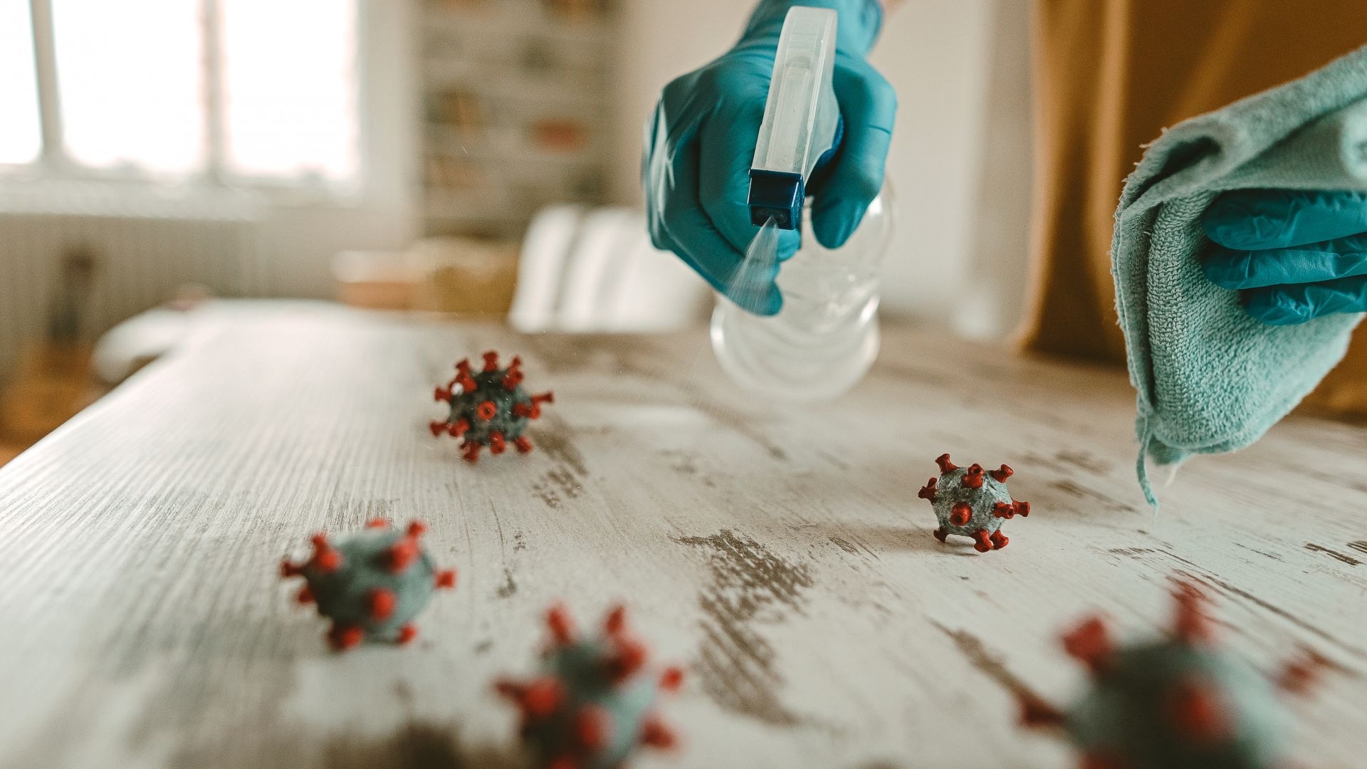 Най-добрата дезинфекция - чистете приоритетно повърхностите, които пипате