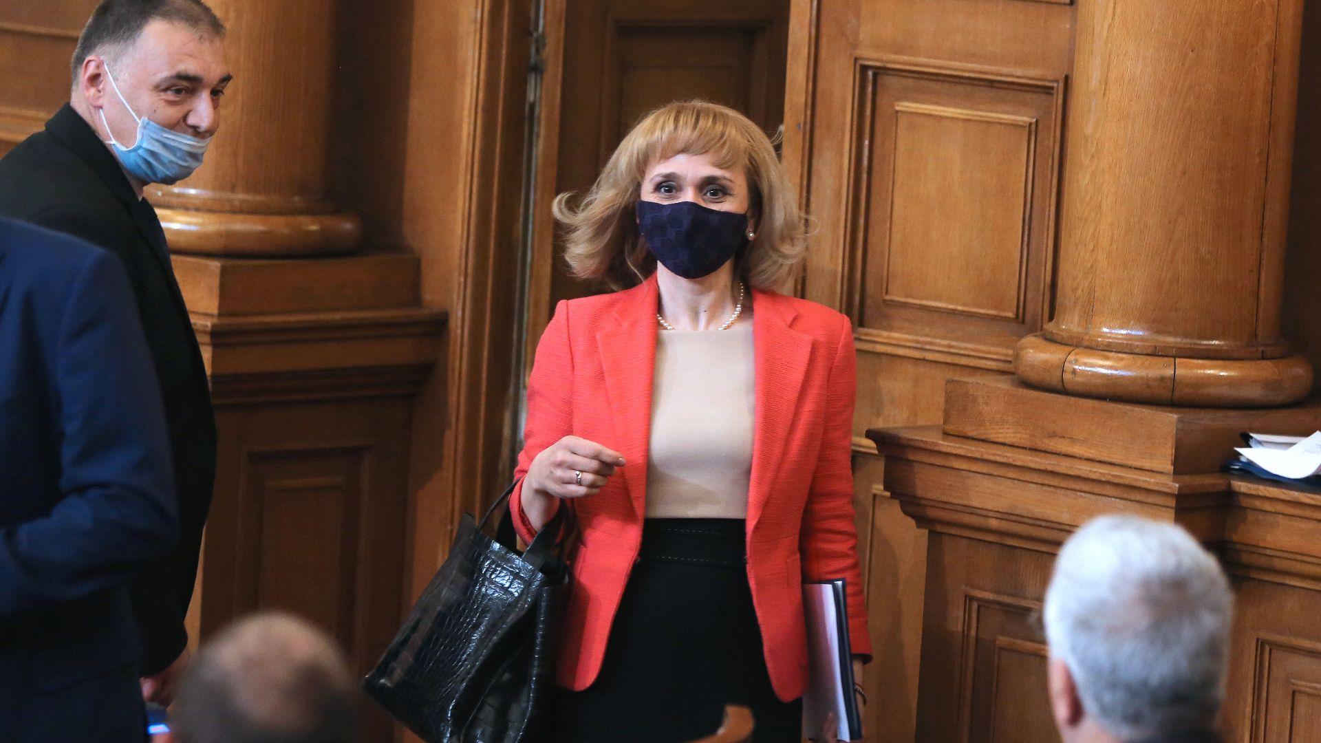 Парламентът с голямо мнозинство избра Диана Ковачева за национален омбудсман.