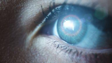 Изкуствено око може да помогне на слепи да прогледнат отново