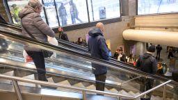 Наемателите в моловете негодуват срещу собствениците им: искат нови договори