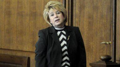 Емилия Масларова: Не поддържам отношения със сина на съпруга ми