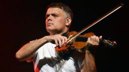 Васко Василев отменя лятното си турне в страната, остава само концертът в София