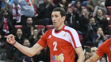 Бивш национал сменя ЦСКА с Левски за един последен танц