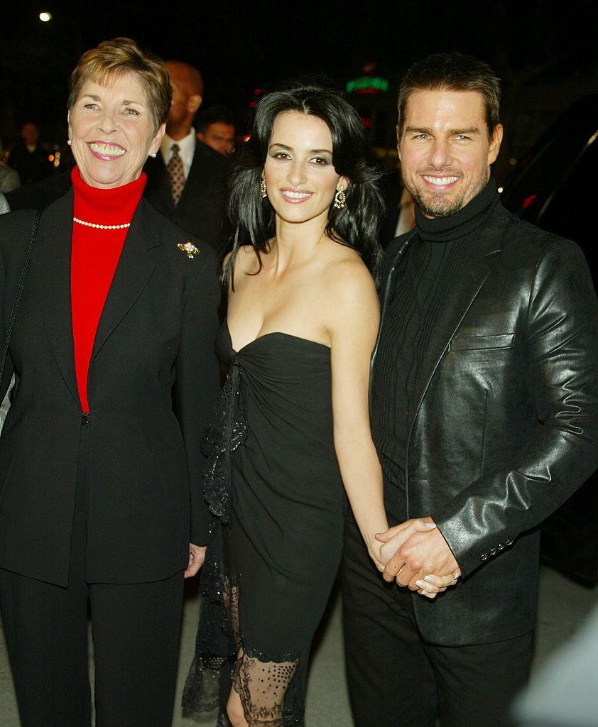 Том Круз заедно с майка си и Пенелопе