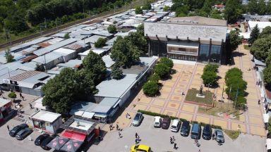 Най-голямото тържище на открито в България заработи отново (снимки)