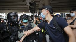 Австралия дава постоянно жителство на 10 000 граждани на Хонконг