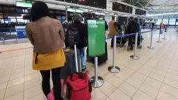 Израел отмени 14-дневната карантина за българи