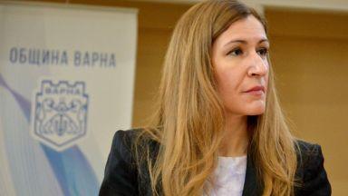 Николина Ангелкова: От 1 юни ще отворят заведенията на закрито