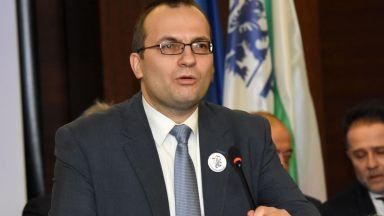 Мартин Димитров: Създаването на Държавна петролна компания може да ни струва около 500 млн. лв.