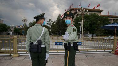 Китай отменя ограниченията в Пекин, учени призоваха Великобритания да върне мерките