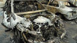 Опожариха два автомобила и гараж в град Камено (снимки)