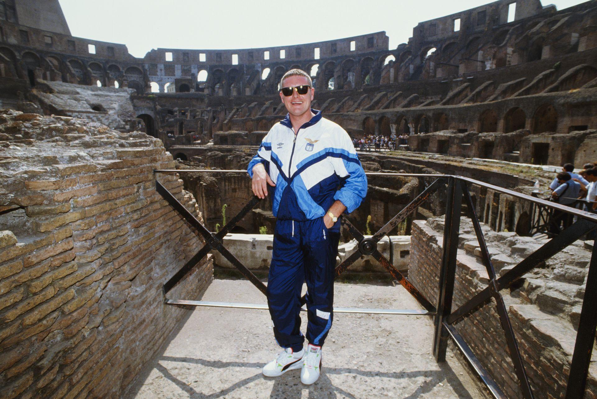 Газа в Колизеума в деня, в който го представиха като нов играч на Лацио