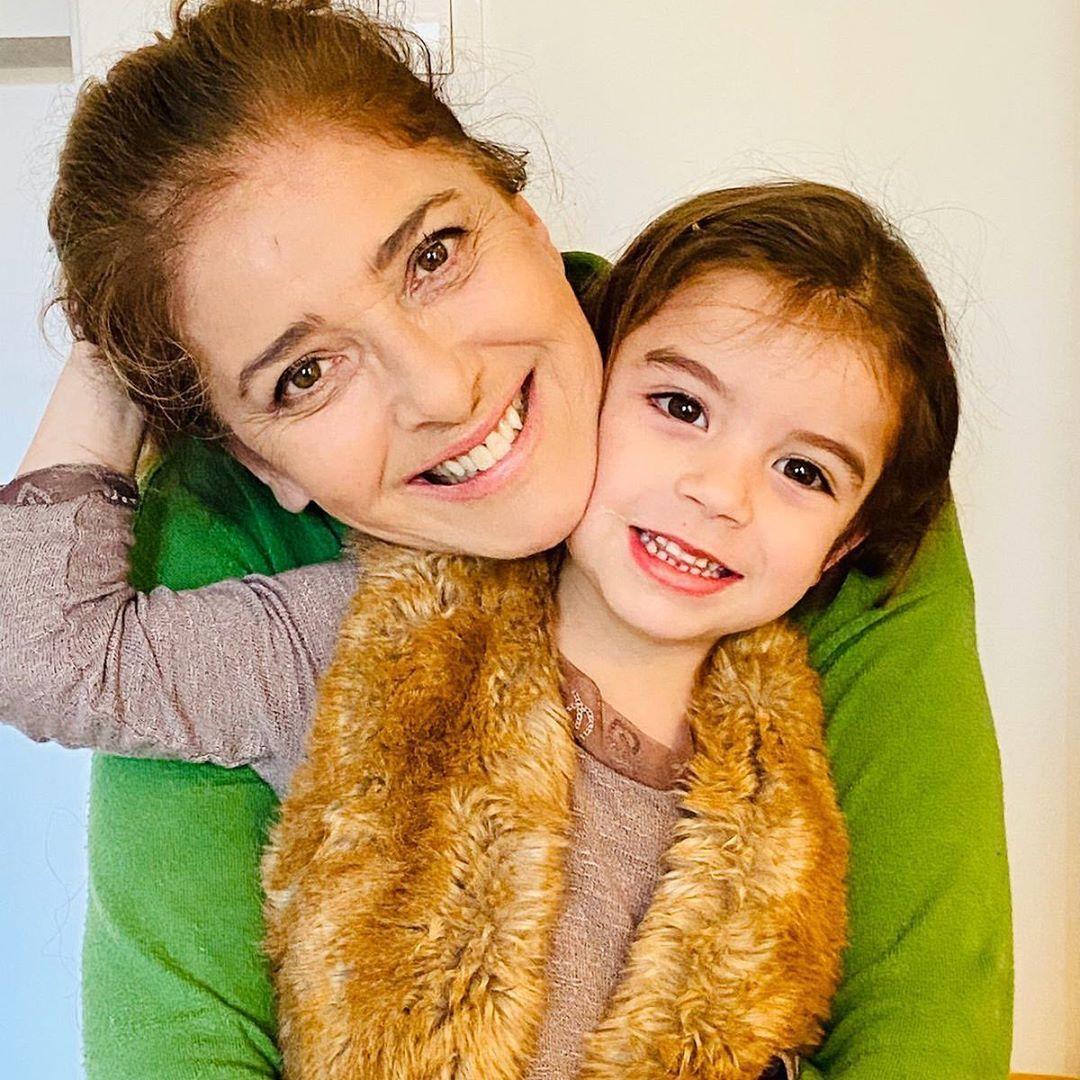 Катерина със своята внучка