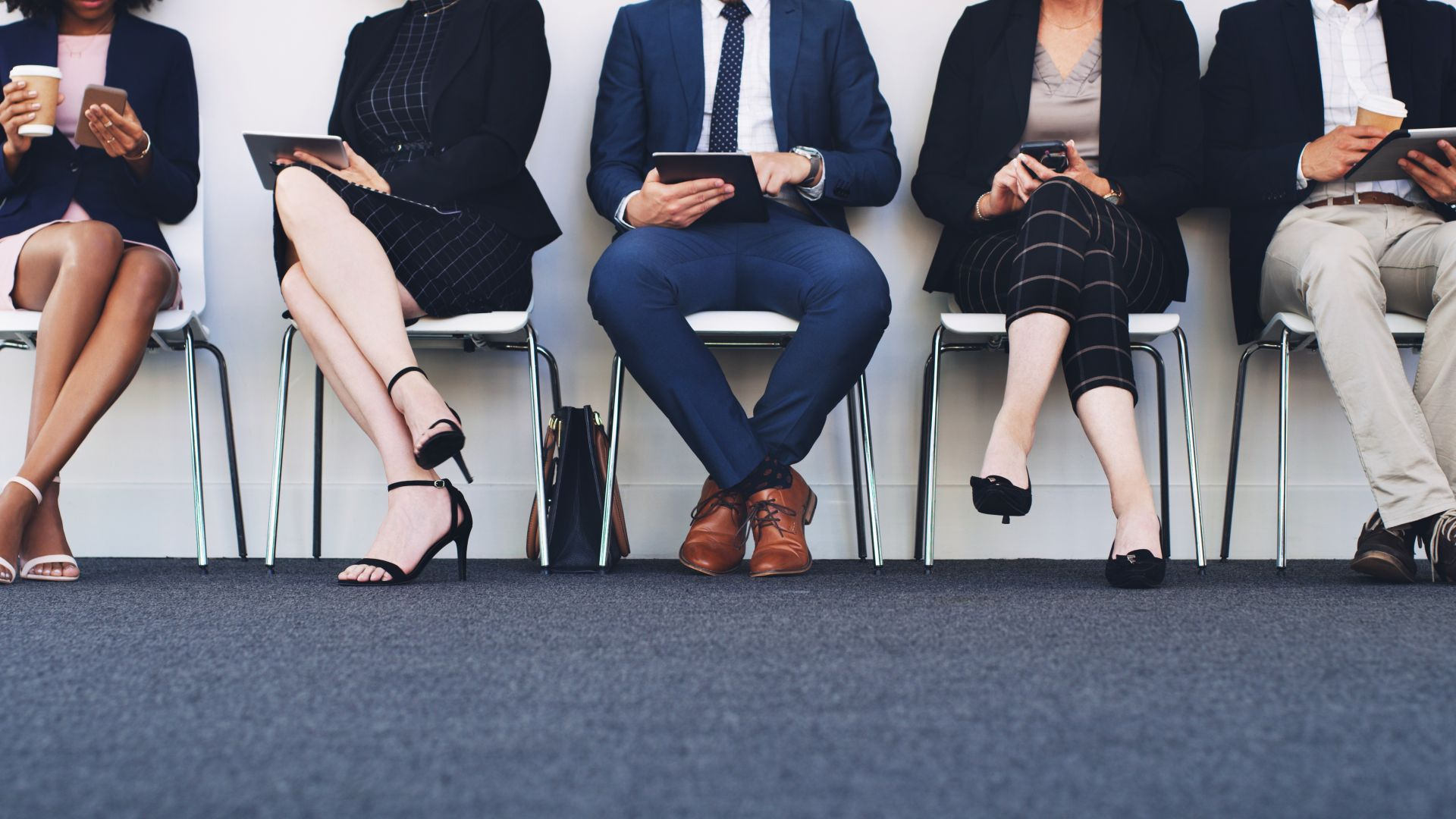 Лондон обяви нови мерки за подкрепа на заетостта