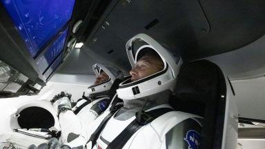 Карантина за астронавтите на НАСА след отложения им полет
