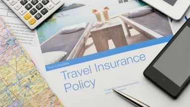 Застрахователи: При пътуване изберете застраховка, която покрива Covid-19