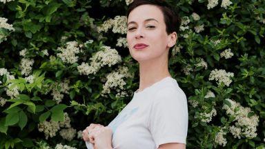 Весела Бабинова очаква първото си дете