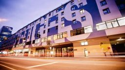 Хотелски стаи се превръщат в оперни ложи във Виена