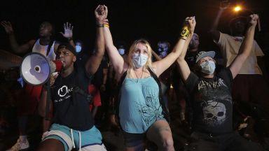 Комисар на ООН призова САЩ да спрат полицейските убийства на афроамериканци