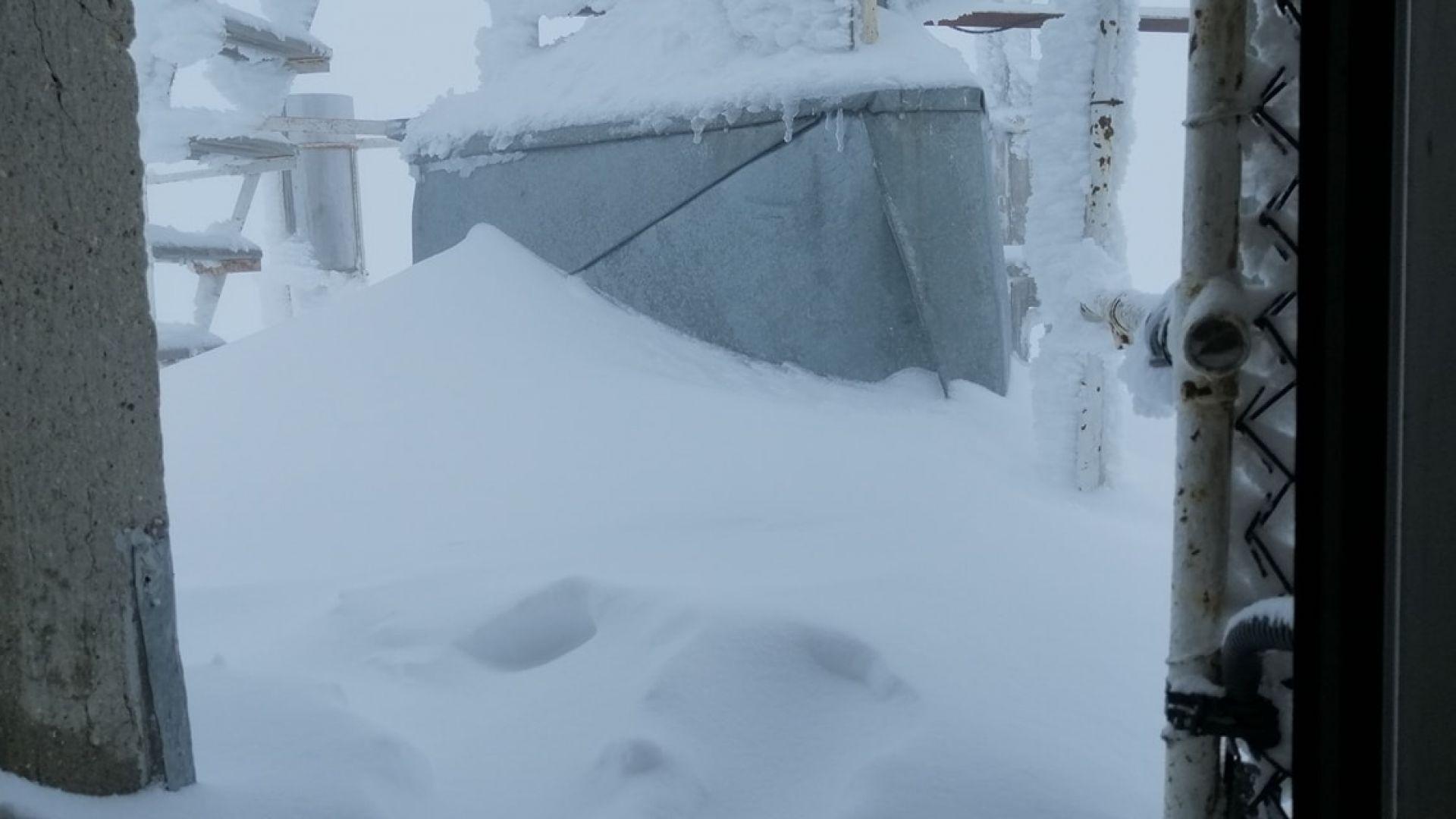 20 см нов сняг затрупа връх Мусала, дъжд ни чака през следващите дни