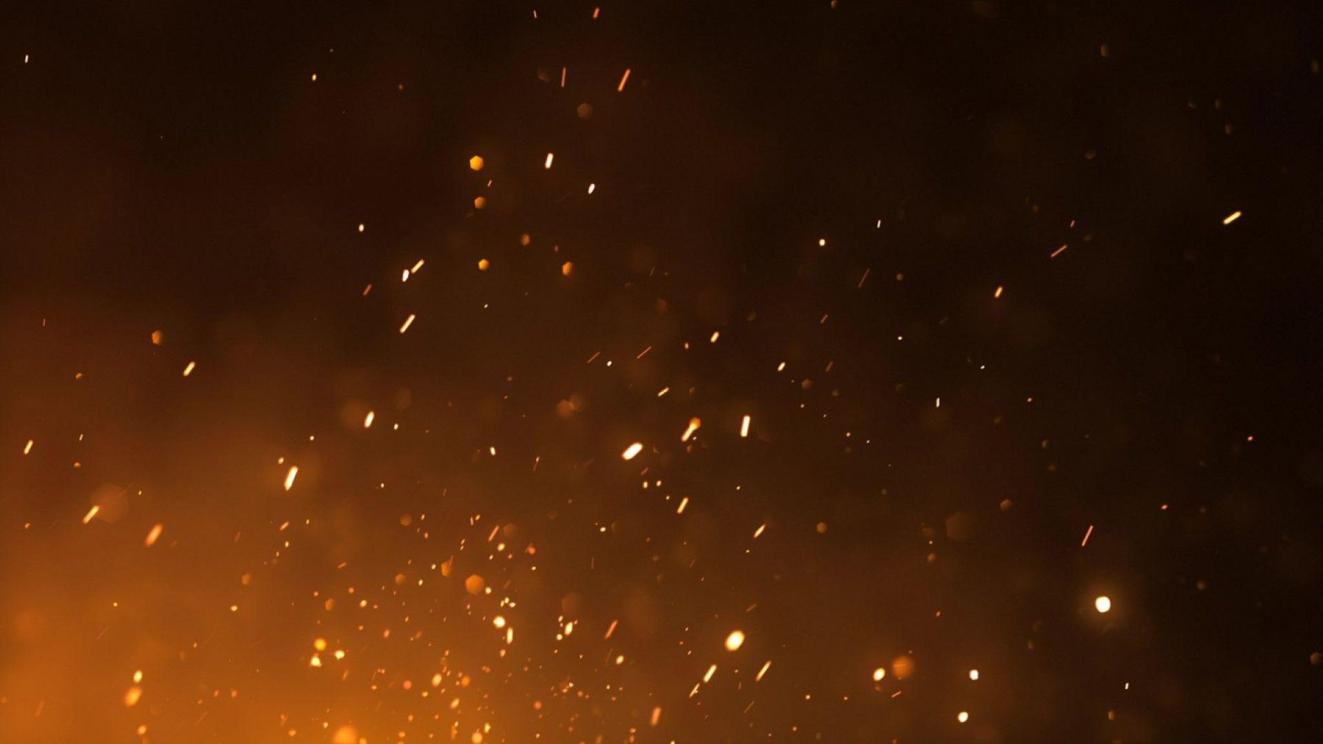 Голям пожар в петричкото село Кърналово. Гори частната зеленчукова борса