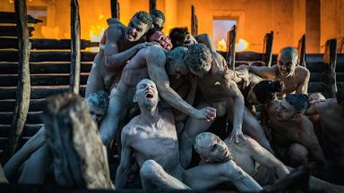 Орфей, пресъздаден от Стефано Пода,  във фотографиите на Александър Богдан Томпсън