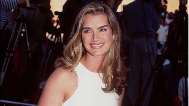 Помните ли Брук Шилдс? Днес тя става на 55 години