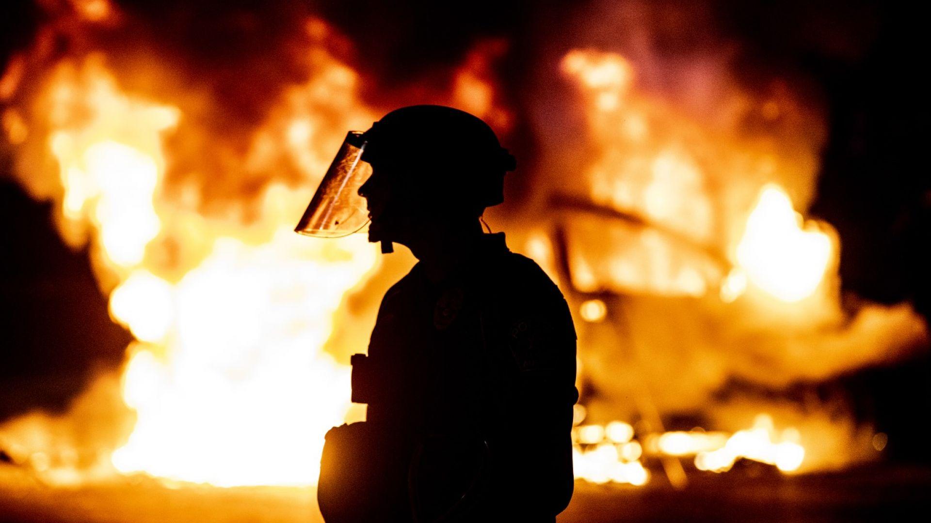 Сблъсъци, хаос и насилие от Ню Йорк до Маями при нови протести (видео и снимки)