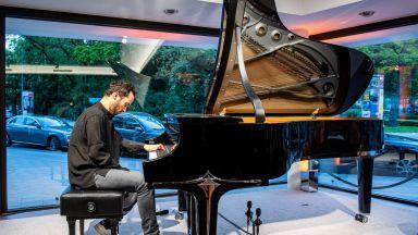 Пианистът Игор Левит ще свири 20 часа за трудностите с COVID-19