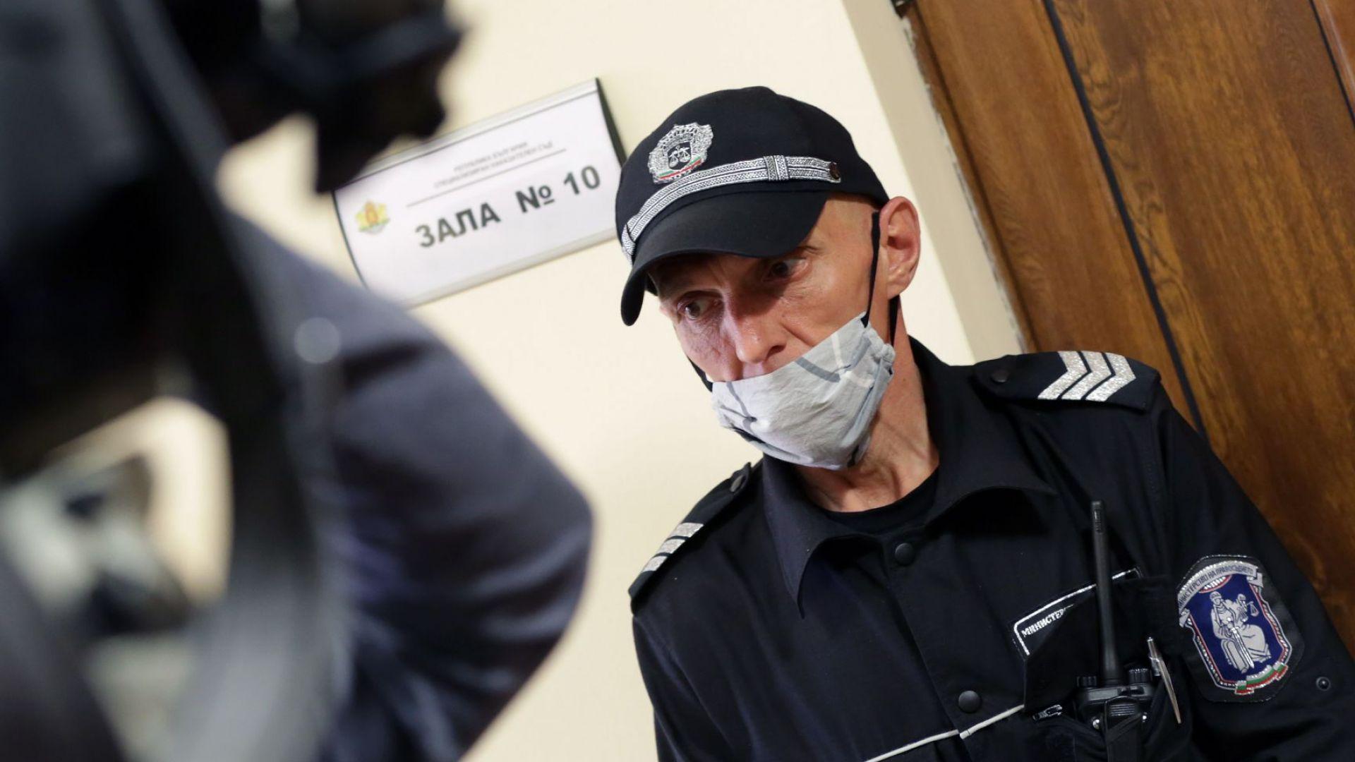 Специализираният съд остави за постоянно в ареста заместник-министъра на околната