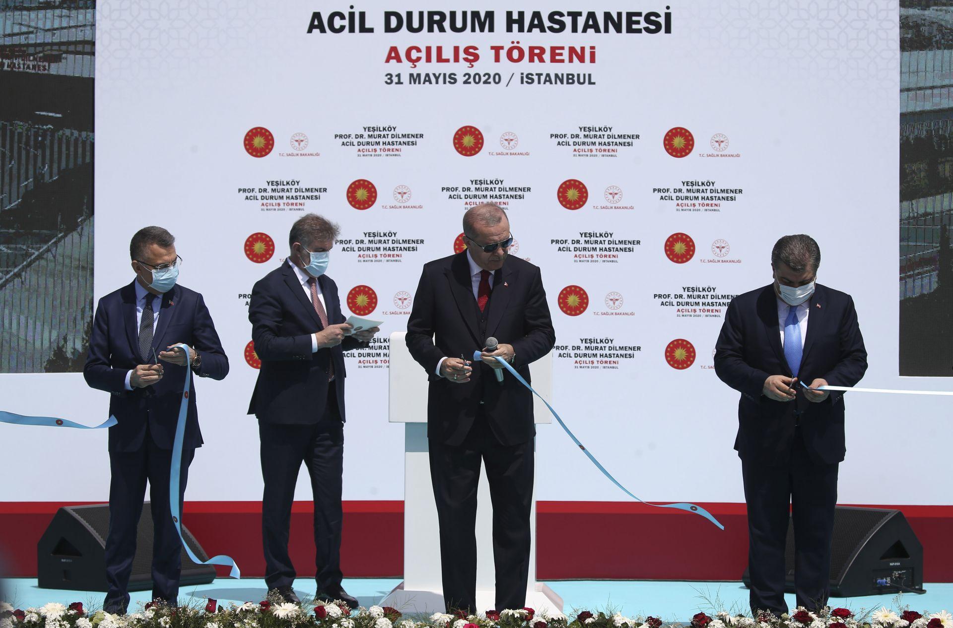 Ердоган лично преряза лентата