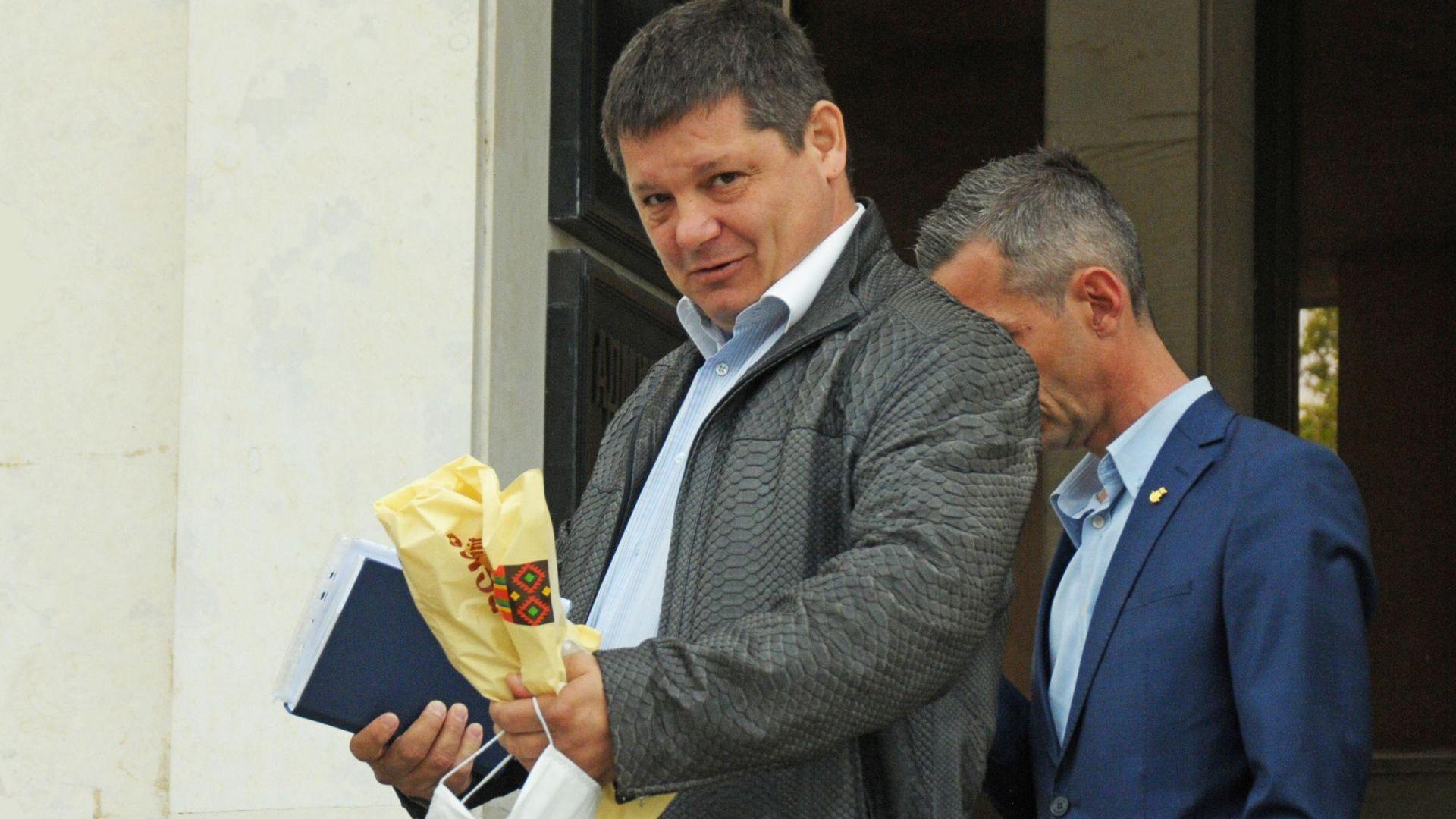Бургаският съд оправда Пламен Дишков-Кела за убийството наДимитър Стаматов-Мастара, който