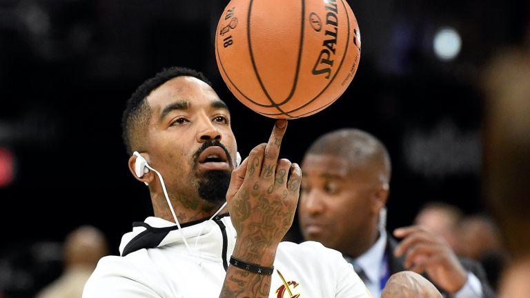 Шампион на NBA преби човек на улицата в Лос Анджелис