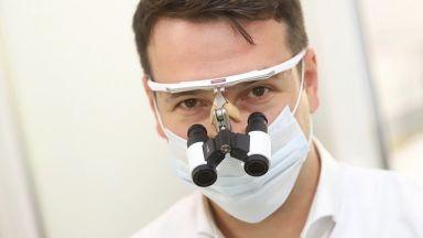 Д-р Иван Станчев: Използвайте паста за зъби с флуорид и бъдете внимателни с клечките за зъби