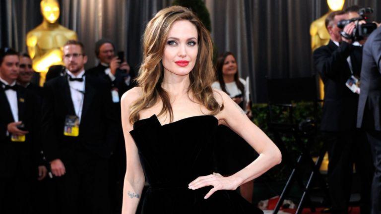 Анджелина Джоли – прелестната господарка на големия екран на 45