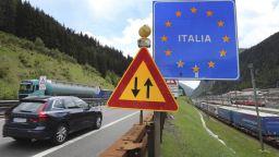 Италия реагира на решението на Австрия да не отваря границата