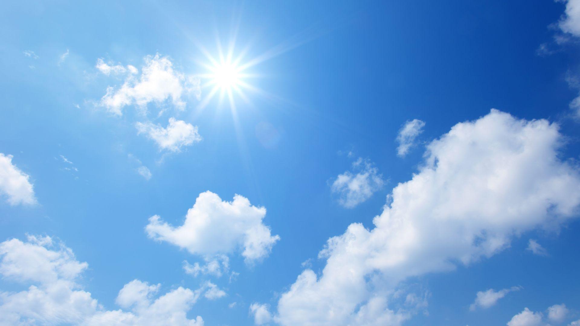 Слънчево и все по-горещо от утре, до 35 градуса в низините